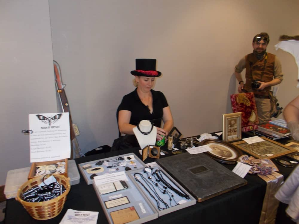 Teslacon-2019-by-Laird-of-Cosplay-57